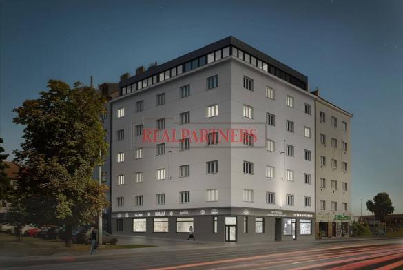 Prodej funkčního bytu před rekonstrukcí 1+kk o ploše 32,9 m² + 3,2 m² sklepní kóje.