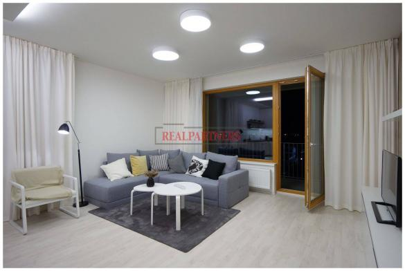 Nový 2+kk o ploše 56,7 m² + balkon 20,6 m² s koladuací 12/2018.