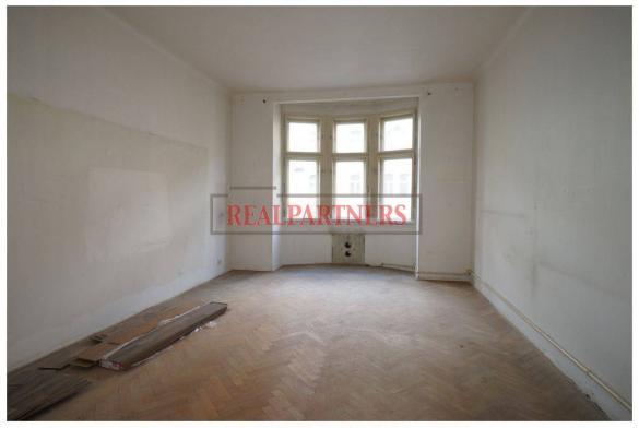 Byt 2+1 o ploše 72 m² určený k rekonstrukci blízko parku Folimanka.