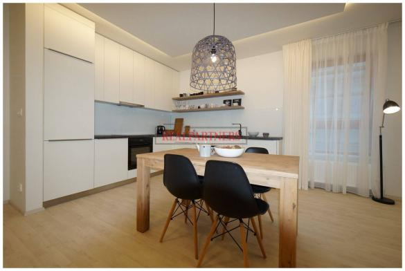 Nový byt 2+kk o ploše 62,7 m² + 7,6  m² balkón a kolaudací 12/2018.