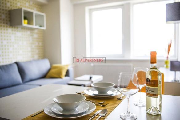 Zrekonstruovaná ubytovací jednotka - apartmán 2+kk o ploše 34,2  m² na Malvazinkách - Praha 5.