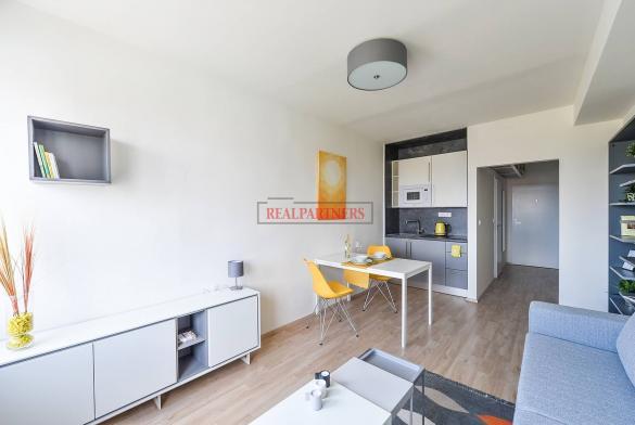 Ubytovací jednotka 1+kk o ploše 25,8  m² na Malvazinkách - Praha 5.