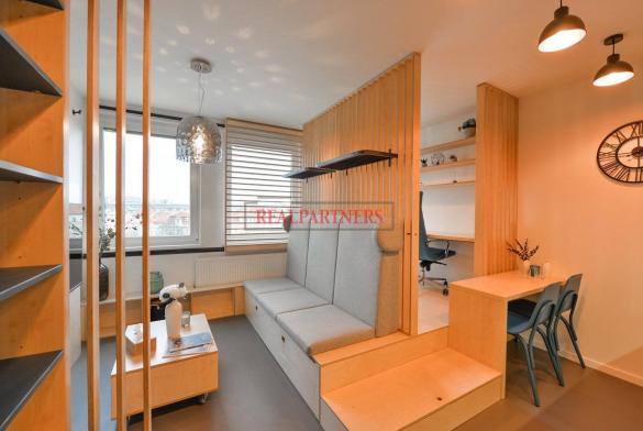 Ubytovací jednotka 1+kk o ploše 25,6  m² na Praze 2, pod Grébovkou.