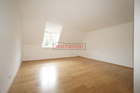 Nový 2+kk o ploše 58 m² s podlahovým vytápěním a přípravou na klimatizaci.