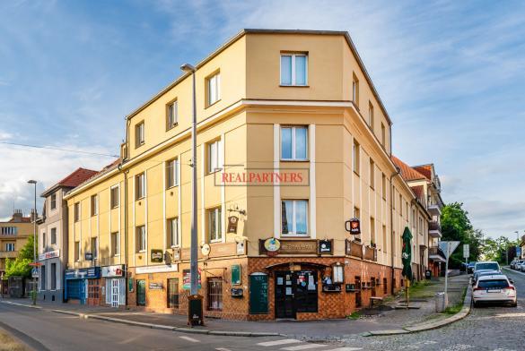 Pěkný byt 2+1 o ploše 63,90 m² v samém srdci starých Strašnic.