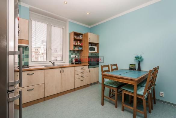Pěkný byt 3+1 o ploše 98,9  m² v samém srdci starých Strašnic.
