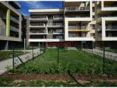 Nový byt 3+kk o ploše 88,9 m² + 2 x terasa 15,3 m² + 2 x zahrada 32 m² ve výstavbě.