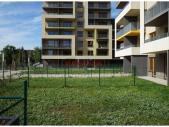 Nový byt 3+kk o ploše 89,4 m² + 2 x terasa 17,6 m² + 314 m² zahrada ve výstavbě.